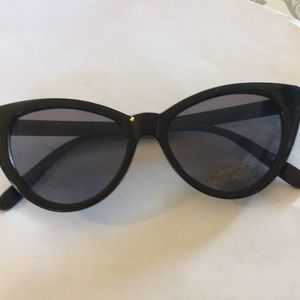 Accessories - Retro Vintage Cat Eye Sunglasses